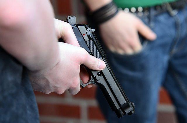 Il funzionamento della pistola a salve